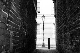 alleyway-581109__180